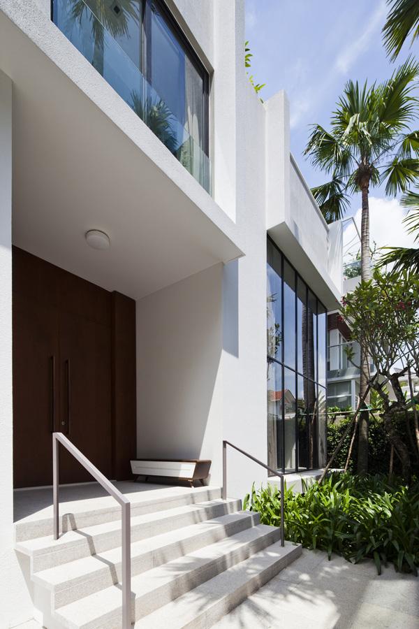 Biệt thự đẹp 3 tầng hiện đại có cây xanh kết hợp bể bơi trên tầng thượng-04